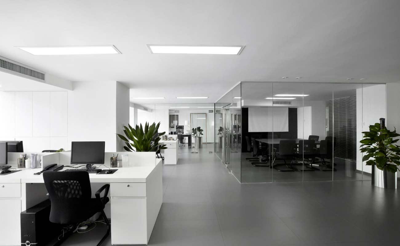 6 beneficios de arrendar una oficina amoblada