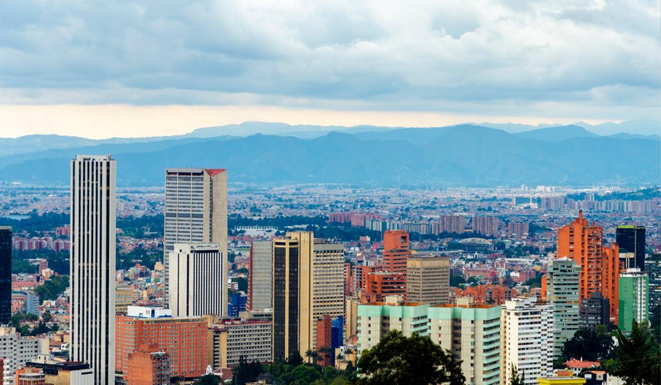 5 beneficios de adquirir una oficina en Bogotá