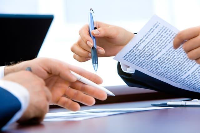 ¿Qué debes incluir enun contrato de arriendo de oficinas?