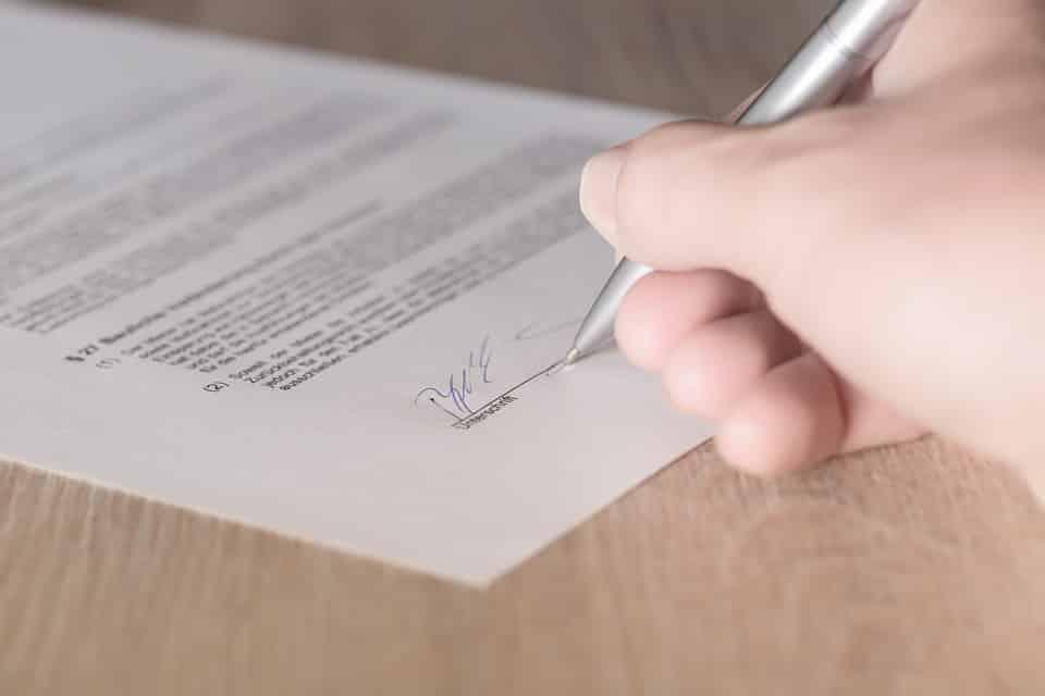 Contrato de arrendamiento ¿qué debe incluir?
